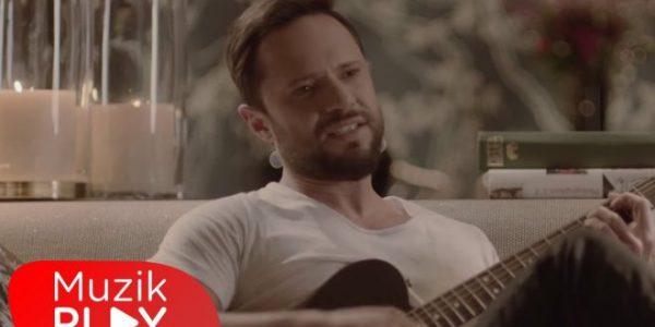 Özgün – Bu Kadar mı Zor (Official Video)